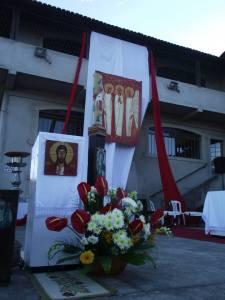 Agentes pastorais trabalharam na manhã de domingo para organizar o espaço da Solenidade da Santíssima Trindade
